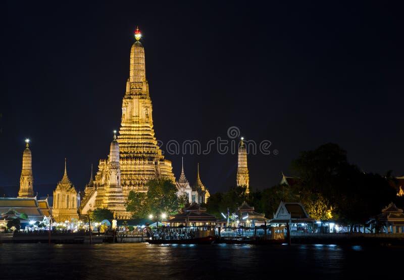 Templo de Arunratchawararam imagem de stock