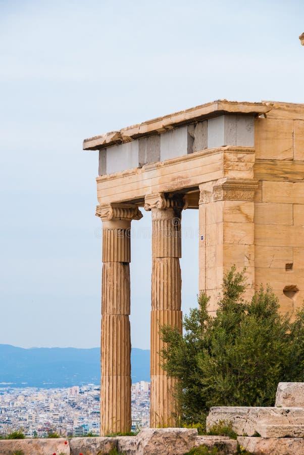 Templo de Athena do nike dos apteros na acrópole de Atenas Grécia fotos de stock royalty free