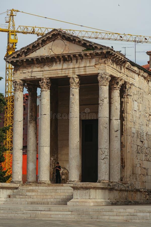 Templo de Augustus nos Pula fotos de stock