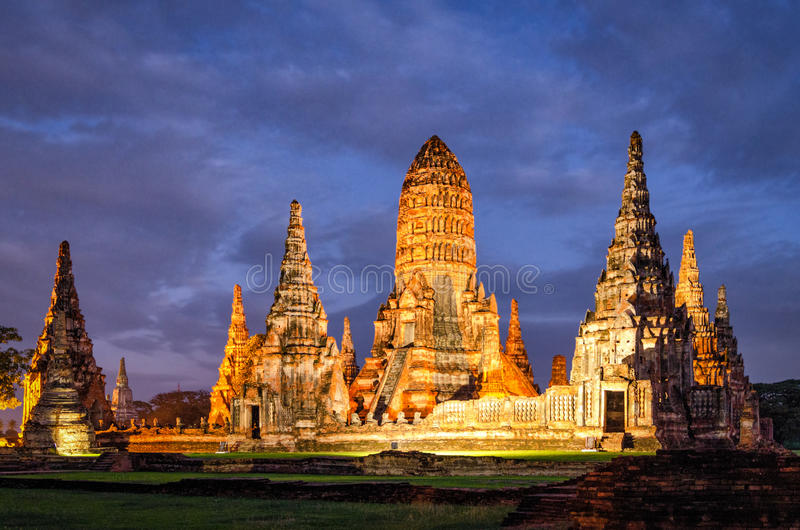Templo de Ayutthaya (Tailândia) Wat Chaiwatthanaram fotografia de stock royalty free