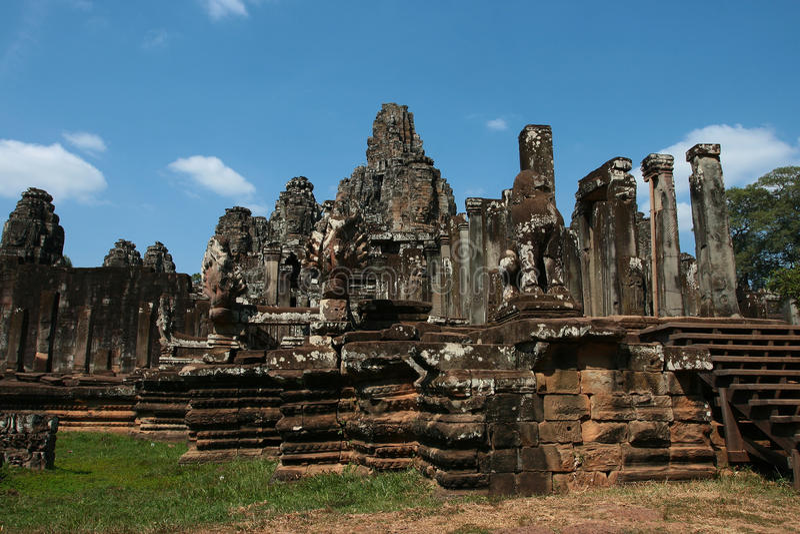 Templo de Bayon en Camboya imagen de archivo libre de regalías