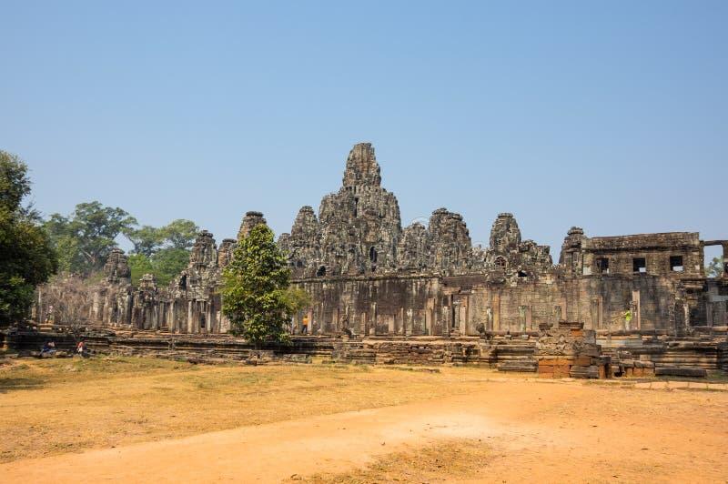 Templo de Bayon en el complejo de Angkor Wat imagen de archivo