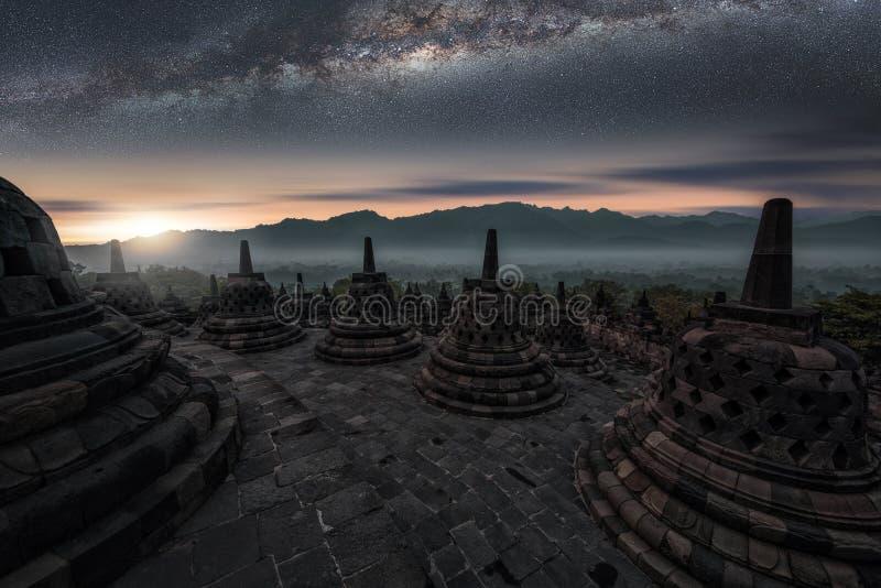 Templo de Borobudur em Java imagens de stock