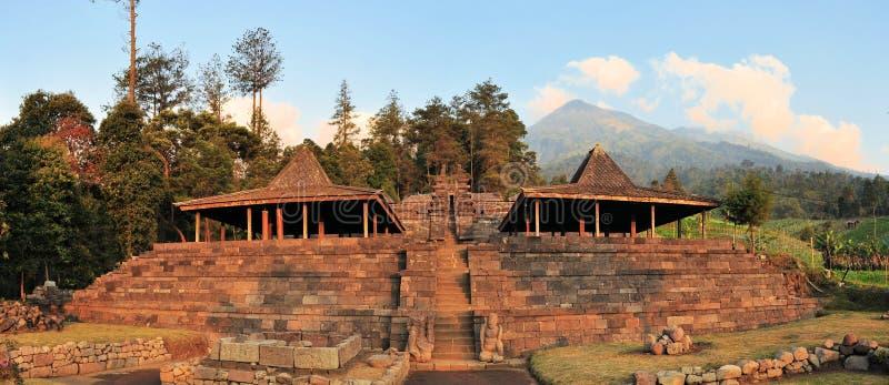 Templo de Candi Cetho Hindu, Java, Indonesia foto de archivo