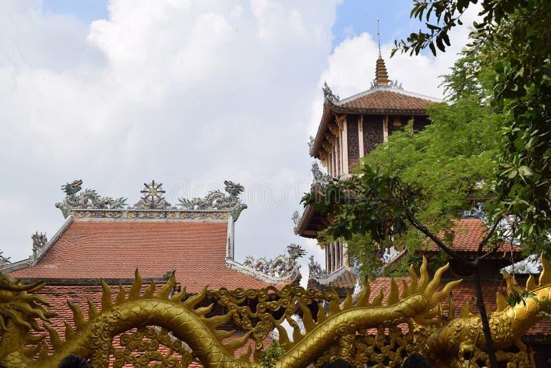 Templo de Chau Thoi na província de Binh Duong, Vietname fotos de stock