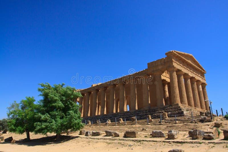 Templo de Concordia - Agrigento imágenes de archivo libres de regalías