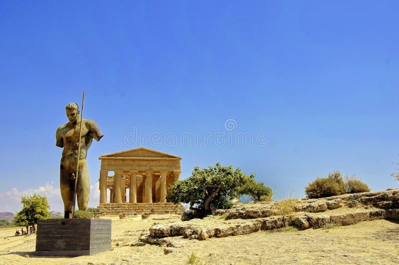 Templo de Concordia em Sicília foto de stock royalty free