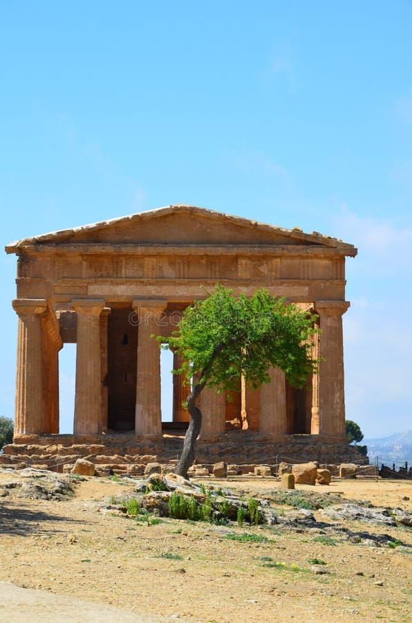 Templo de Concordia en Agrigento, Italia foto de archivo