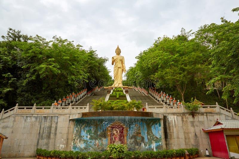 Templo de Dafo, Xishuangbanna, Yunnan, China foto de archivo