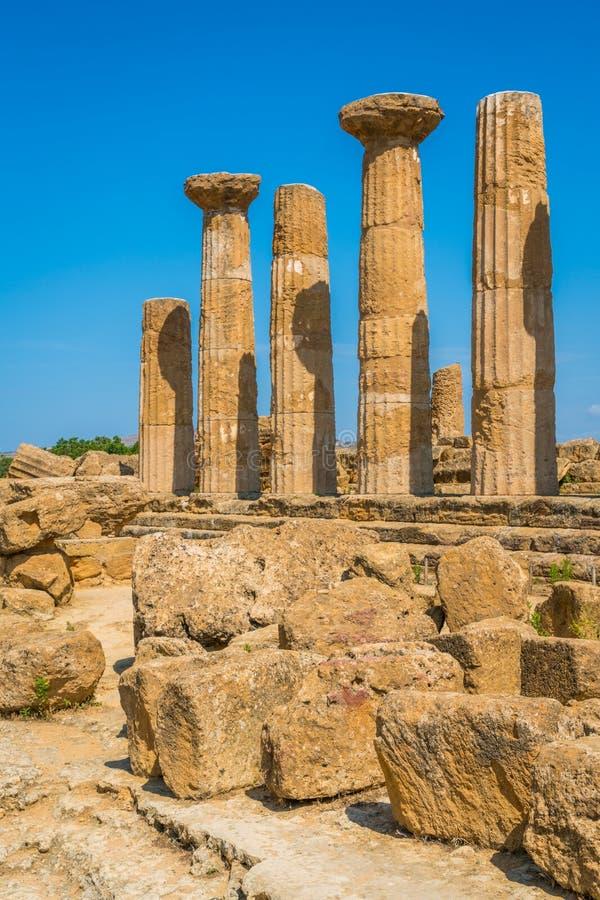 Templo de Hércules en el valle de los templos Agrigento, Sicilia, Italia meridional imagen de archivo libre de regalías