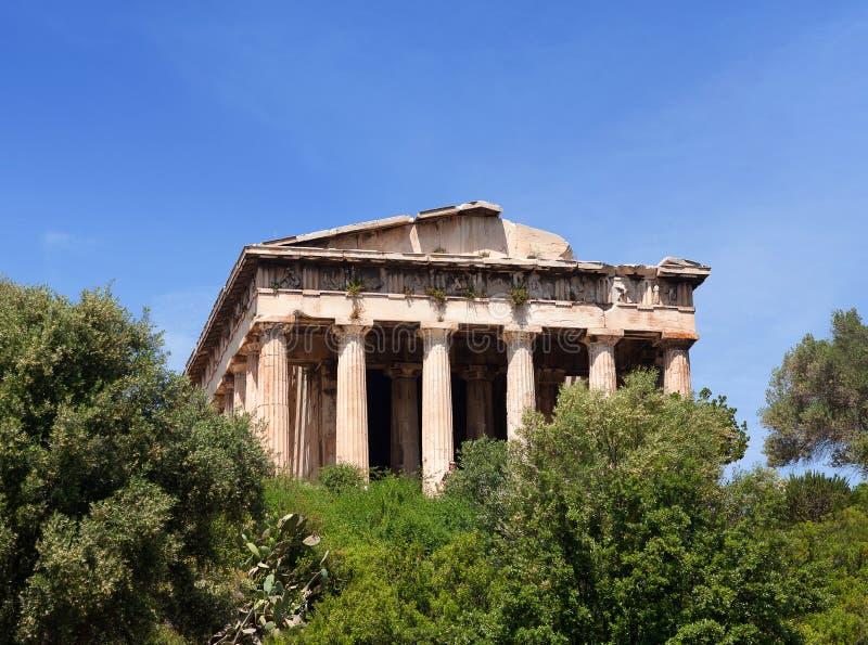 Templo de Hephaestus ou de Hephaisteion na ágora antiga em Atenas, Grécia fotos de stock
