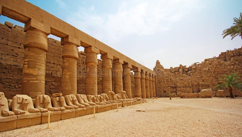 Templo de Karnak (Thebes) en Luxor Egipto imagen de archivo