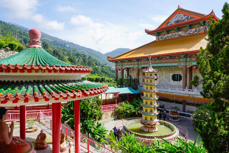 Templo de Kek Lok Si en Georgetown en la isla de Penang, Malasia imagenes de archivo
