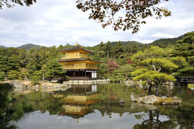 Templo de Kinkakuji imagem de stock royalty free