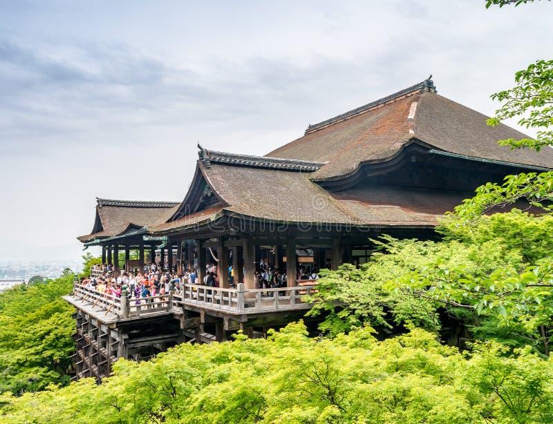 Templo de Kiyomizu ou de Kiyomizu-dera na estação de mola em Kyoto Japão imagem de stock royalty free