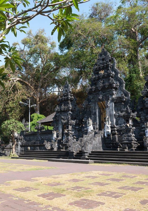 Templo de la cueva del palo de Goa Lawah, Bali, Indonesia imagen de archivo