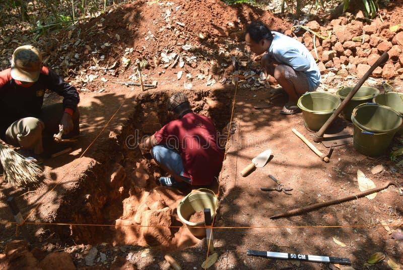 TEMPLO de la excavación del EDIFICIO fotografía de archivo libre de regalías
