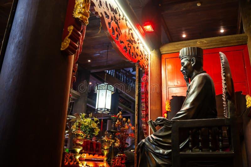 Templo de la literatura en la ciudad de Hanoi, Vietnam fotografía de archivo
