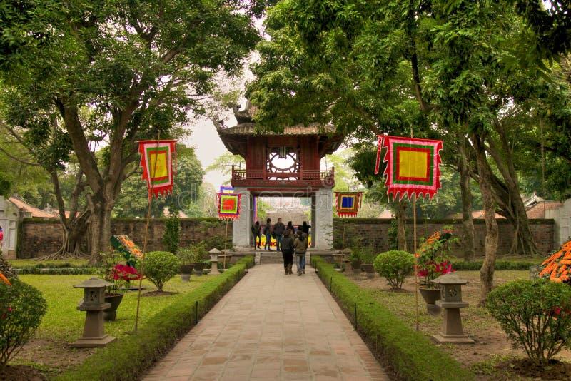 Templo de la literatura en Hanoi imagen de archivo