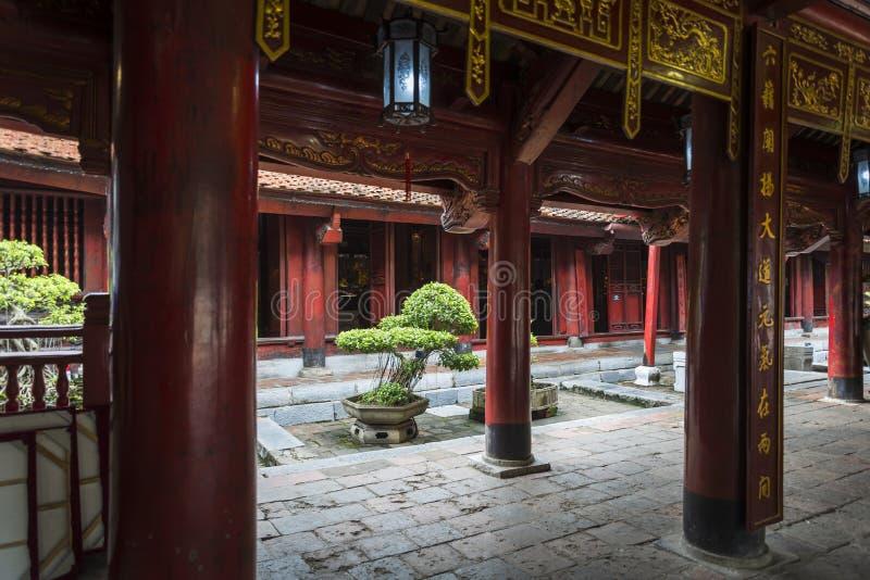 Templo de la literatura, Hanoi, Vietnam imagen de archivo