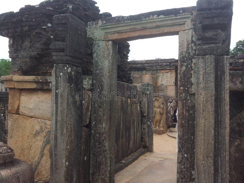 Templo de la roca de Polonnaruwa foto de archivo libre de regalías