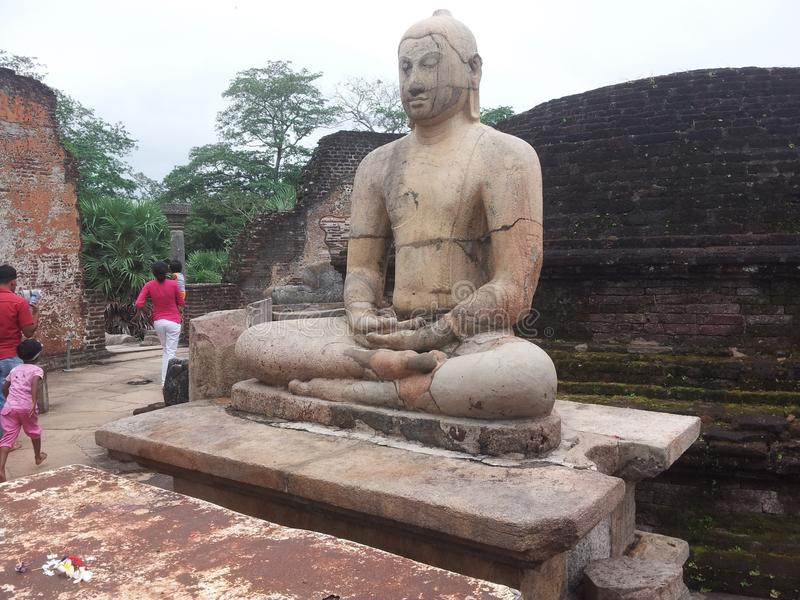 Templo de la roca de Polonnaruwa fotografía de archivo libre de regalías