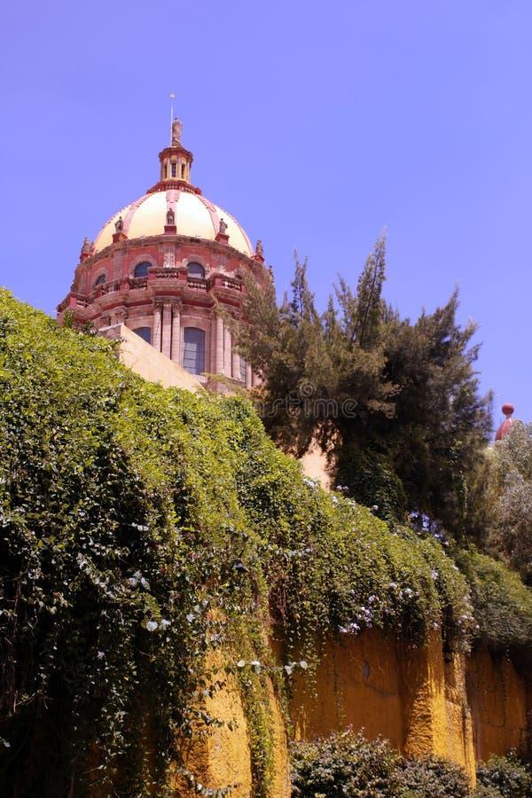 Templo de las monjas en San Miguel foto de archivo libre de regalías