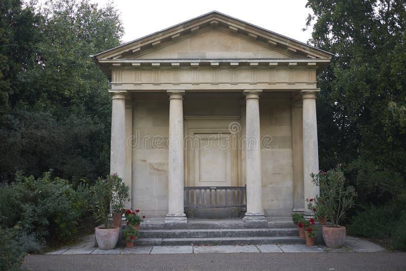 Templo de los jardines de Kew imagenes de archivo