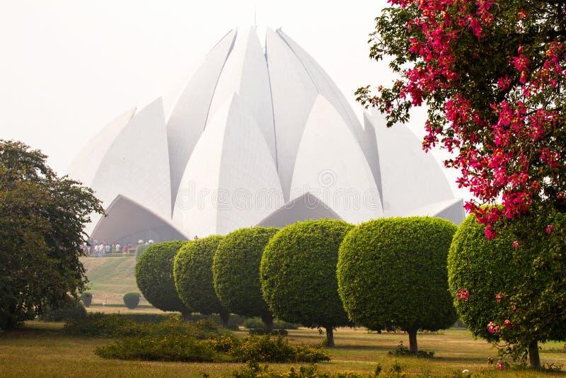 Templo de Lotus, lugar de alabanza de Bahai en Delhi fotografía de archivo libre de regalías