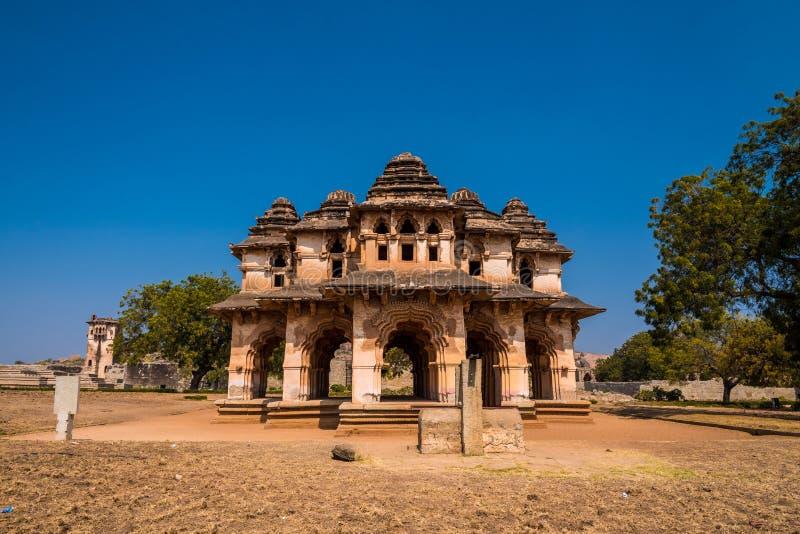 Templo de Lotus Mahal en Hampi fotos de archivo