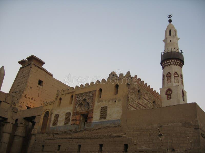 Templo de Luxor en la puesta del sol imágenes de archivo libres de regalías
