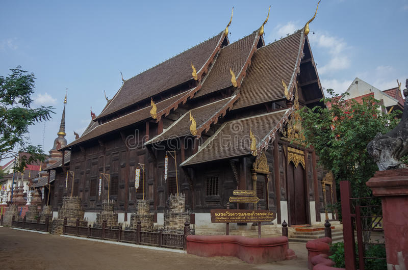 Templo de madeira de Wat Pan Tao, Chiang Mai, Tailândia fotografia de stock