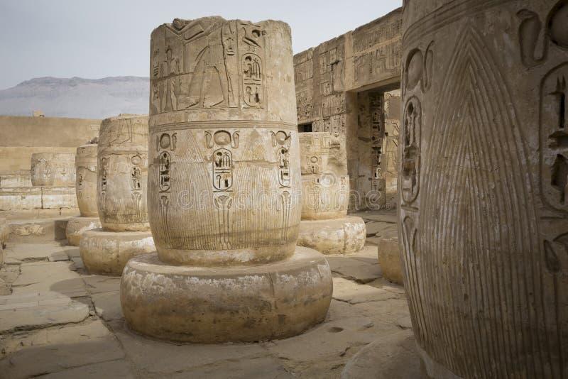 Templo de Medinet Habu, dedicado a Cisjordania de Rameses III - Mundo de la UNESCO fotos de archivo