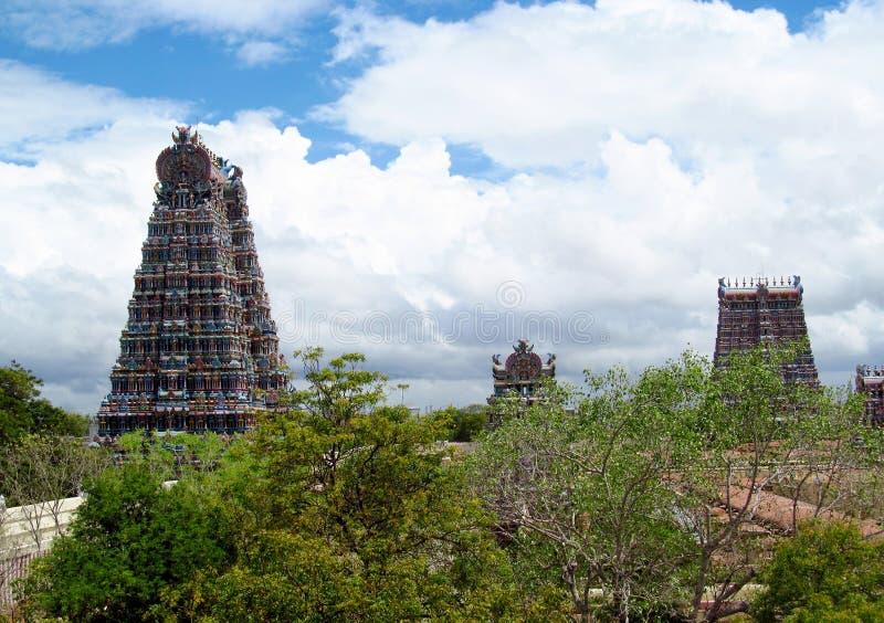 Templo de Meenakshi Amman do gopuram de Madurai foto de stock