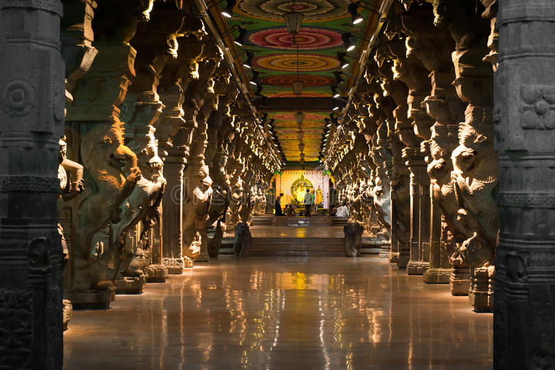 Templo de Meenakshi Sundareswarar. Índia, Madurai fotografia de stock
