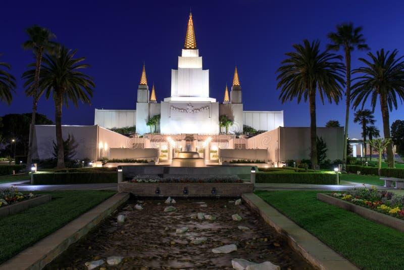 Templo de Oakland California en la noche imágenes de archivo libres de regalías