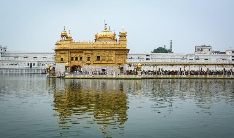 Templo de oro en Amritsar, la India fotografía de archivo libre de regalías