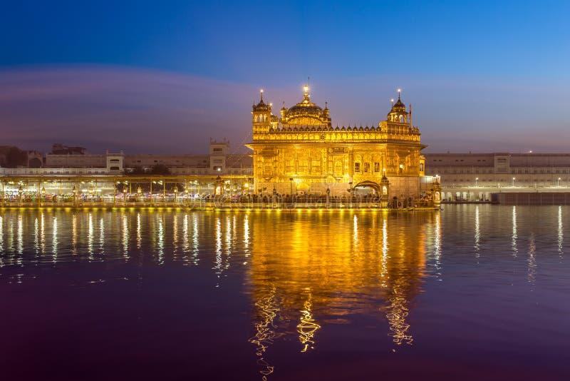 Templo de oro en Amritsar, Punjab, la India fotos de archivo