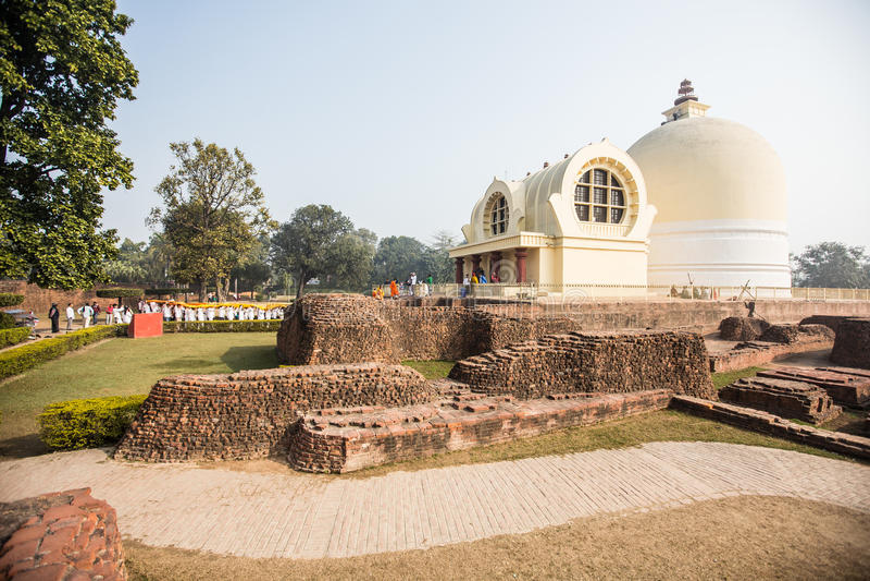 Templo de Parinirvana, Kushinagar, Índia imagem de stock
