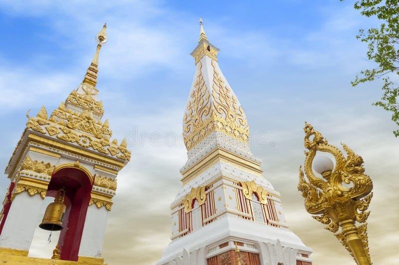 Templo de Phra que Phanom Stupa, estructuras budistas importantes de Theravada en la región adentro en la provincia de Nakhon Pha fotografía de archivo