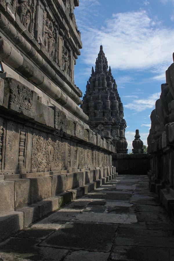 Templo de Prambanan cerca de Yogyakarta foto de archivo libre de regalías