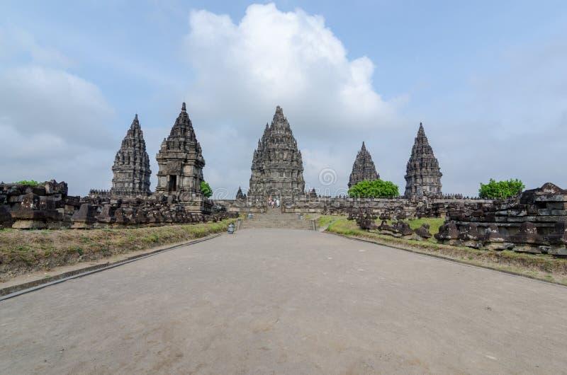 Templo de Prambanan perto de Yogyakarta na ilha de Java, Indonésia imagens de stock