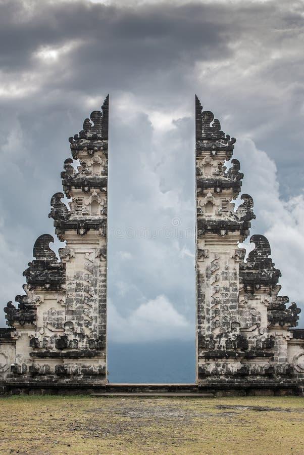 Templo de Pura Luhur Lempuyang em Bali fotos de stock