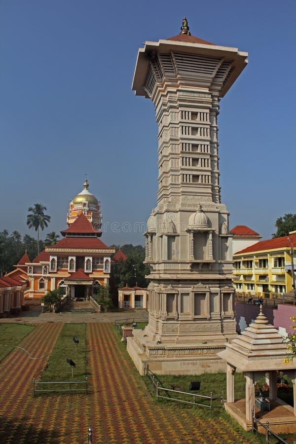 Templo de Shantadurga, Kunkallikarin, Fatorpa, Goa, la India fotografía de archivo libre de regalías