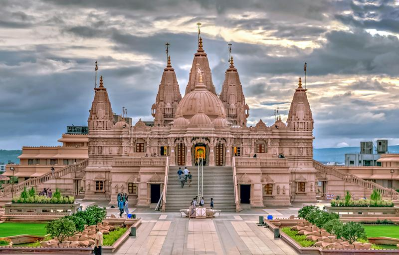 Templo de Shree Swaminarayan, Ambegaon, Pune fotos de archivo