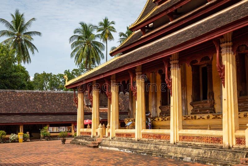 Templo de Sisaket na cidade de Vientiane Arquitetura antiga e estátuas de Buda Vientiane, Laos imagens de stock