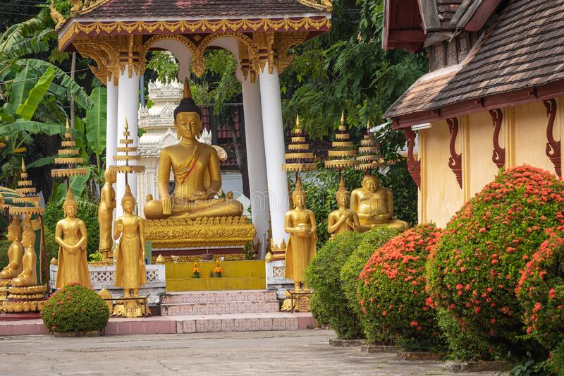 Templo de Sisaket na cidade de Vientiane Arquitetura antiga e estátuas de Buda Vientiane, Laos fotos de stock