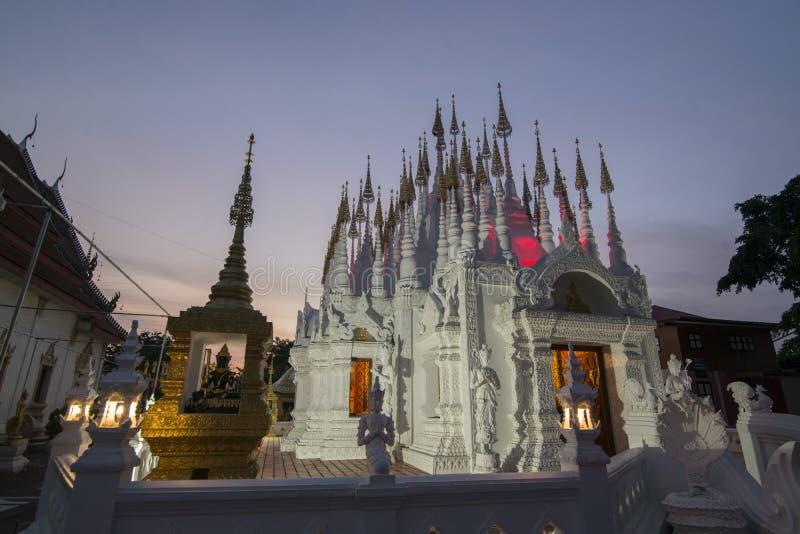 TEMPLO DE TAILÂNDIA PHRAE WAT PONG SUNAN foto de stock royalty free