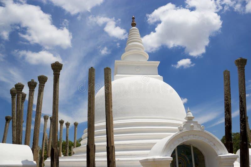 Templo de Thuparamaya, Anuradhapura, Sri Lanka imagen de archivo libre de regalías