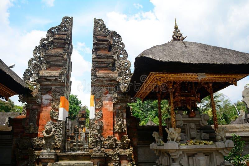 Templo de Tirta Empul, Bali, Indonésia imagens de stock royalty free